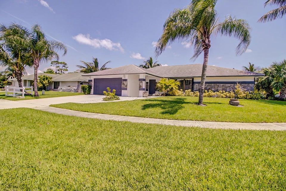 102 Sunflower Circle Royal Palm Beach, FL 33411 photo 3