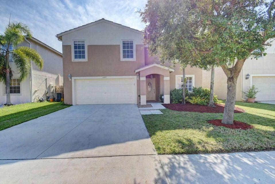 6609 Rivermill Club Drive  Lake Worth, FL 33463