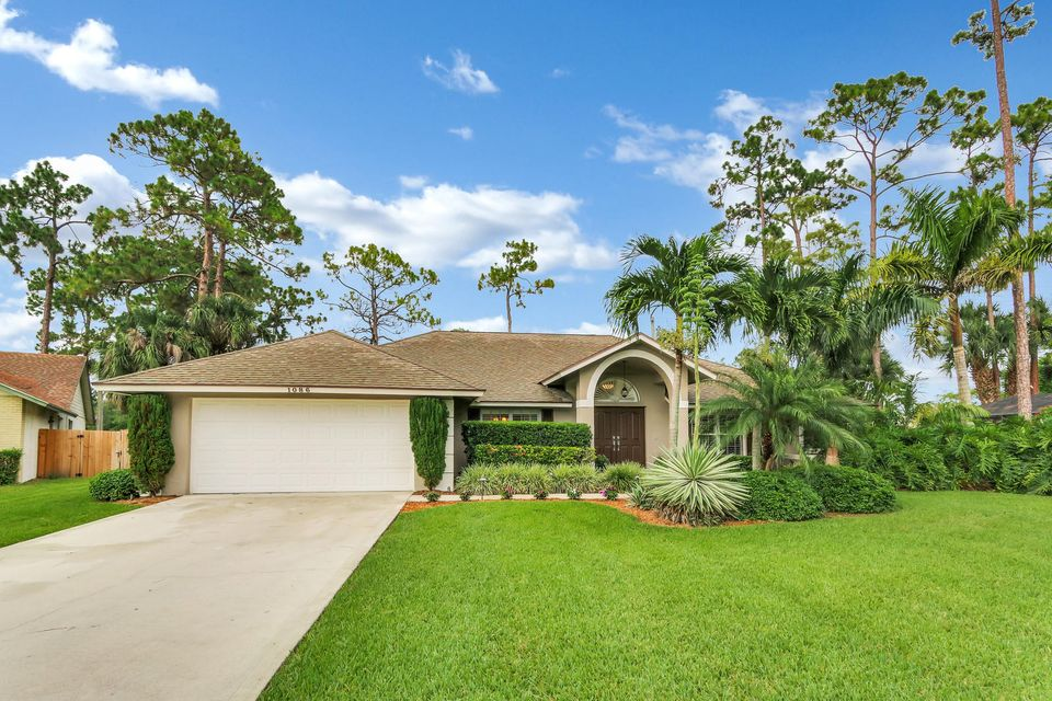 1086 Northumberland Court Wellington, FL 33414 photo 1
