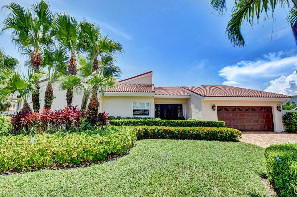 16940 Silver Oak Circle  Delray Beach, FL 33445