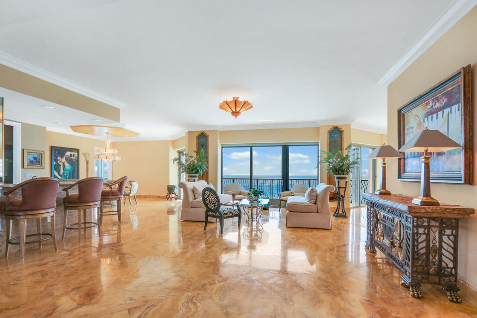 5150 N Ocean Drive 2100, Singer Island FL 33404 is listed for sale as MLS Listing RX-10445369 photo #3