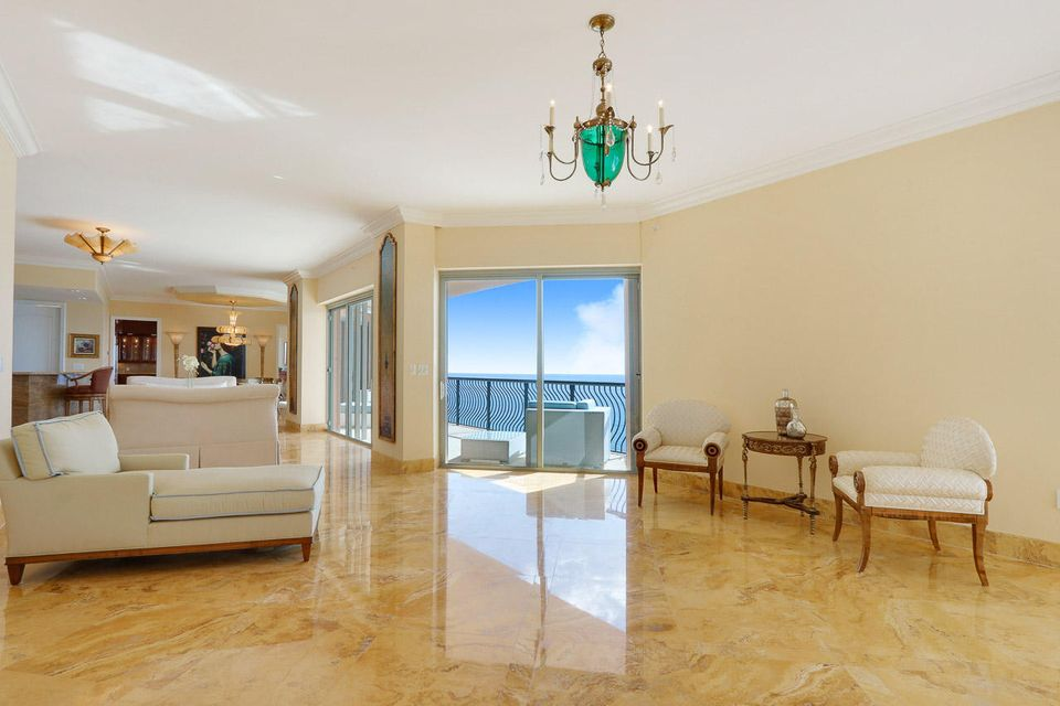 5150 N Ocean Drive 2100, Singer Island FL 33404 is listed for sale as MLS Listing RX-10445369 photo #20