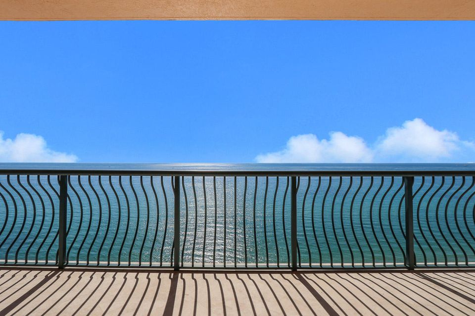 5150 N Ocean Drive 2100, Singer Island FL 33404 is listed for sale as MLS Listing RX-10445369 photo #9