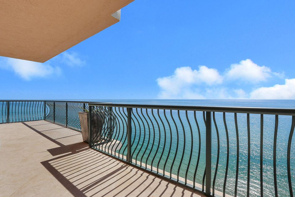 5150 N Ocean Drive 2100, Singer Island FL 33404 is listed for sale as MLS Listing RX-10445369 photo #23
