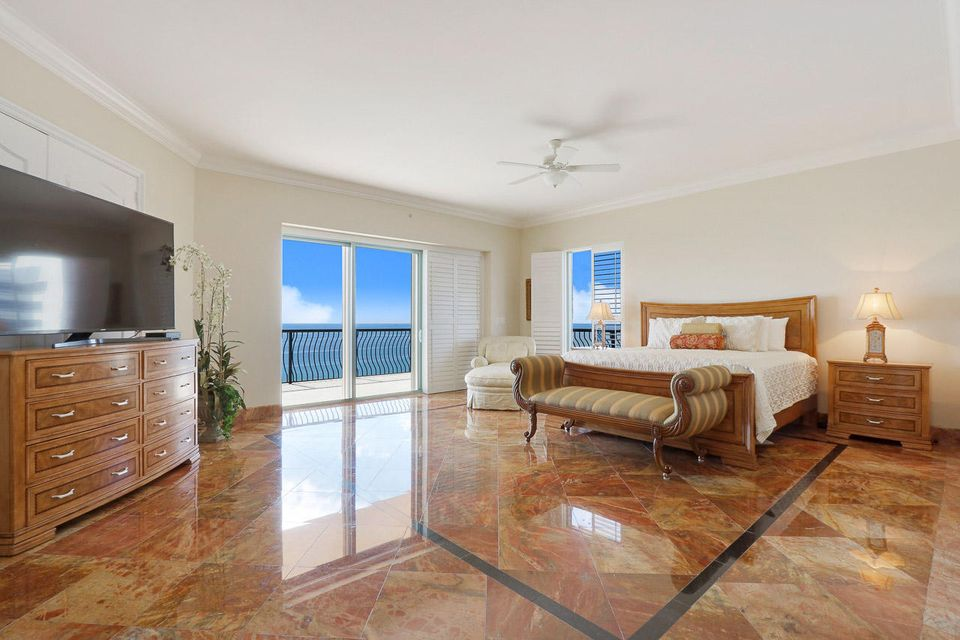 5150 N Ocean Drive 2100, Singer Island FL 33404 is listed for sale as MLS Listing RX-10445369 photo #25