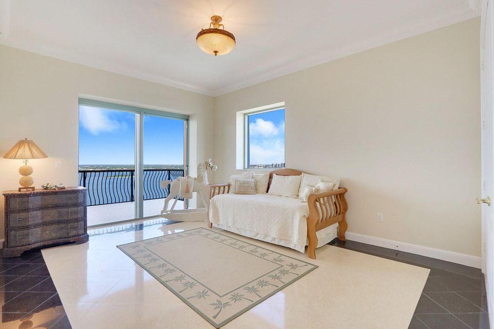 5150 N Ocean Drive 2100, Singer Island FL 33404 is listed for sale as MLS Listing RX-10445369 photo #30