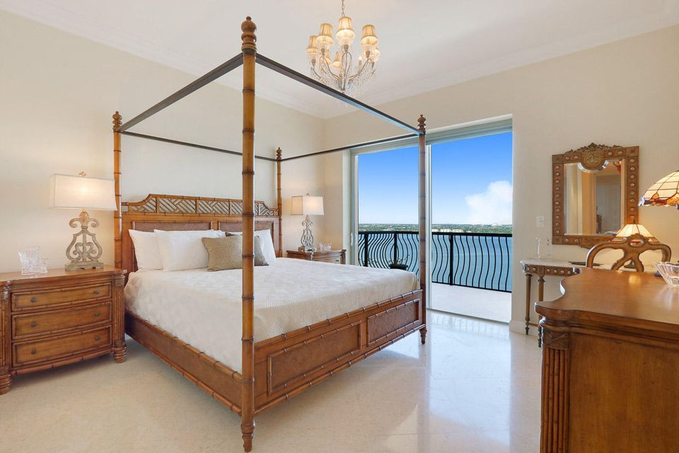 5150 N Ocean Drive 2100, Singer Island FL 33404 is listed for sale as MLS Listing RX-10445369 photo #31