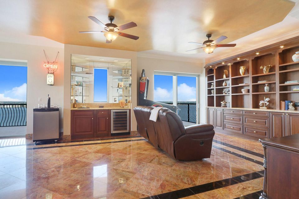5150 N Ocean Drive 2100, Singer Island FL 33404 is listed for sale as MLS Listing RX-10445369 photo #33