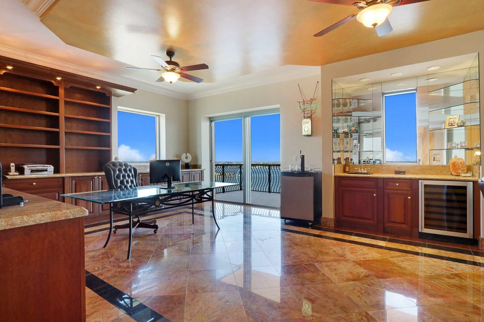 5150 N Ocean Drive 2100, Singer Island FL 33404 is listed for sale as MLS Listing RX-10445369 photo #34