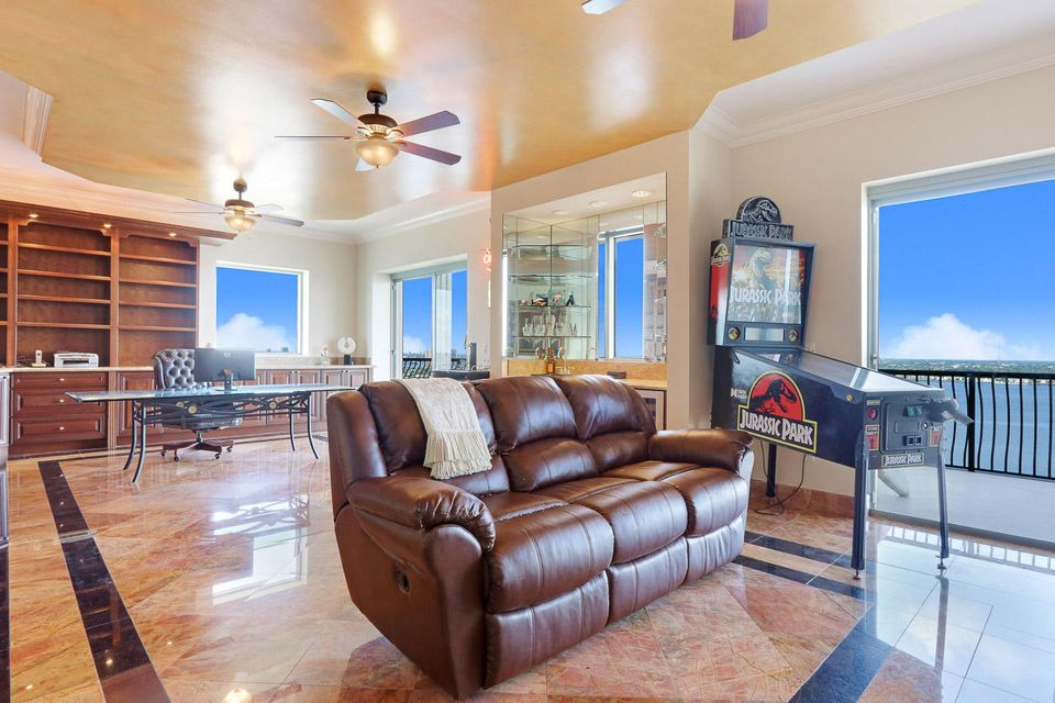 5150 N Ocean Drive 2100, Singer Island FL 33404 is listed for sale as MLS Listing RX-10445369 photo #35