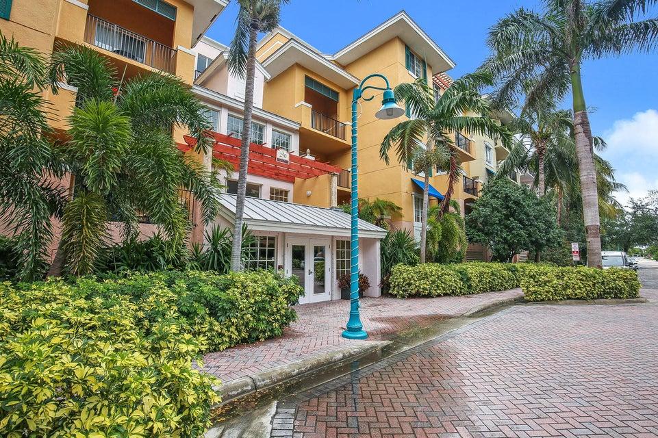 250 NE 3rd Avenue 217  Delray Beach, FL 33444