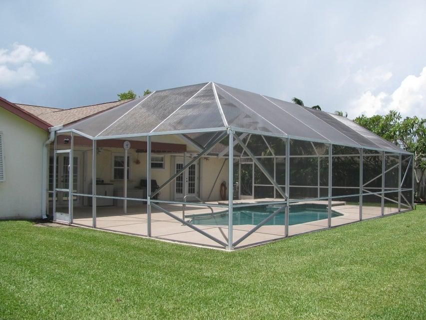 115 Viscaya Avenue Royal Palm Beach, FL 33411 photo 13