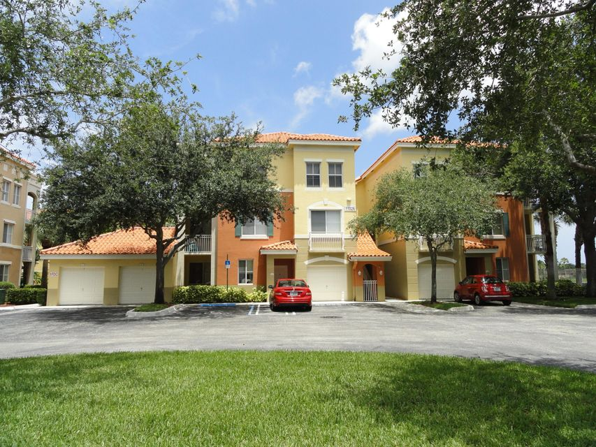 11026 Legacy Drive 304 , Palm Beach Gardens FL 33410 is listed for sale as MLS Listing RX-10433669 37 photos
