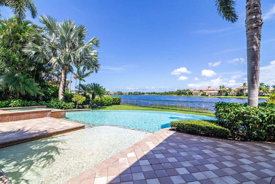 135  Playa Rienta Way , Palm Beach Gardens FL 33418 is listed for sale as MLS Listing RX-10445916 photo #2