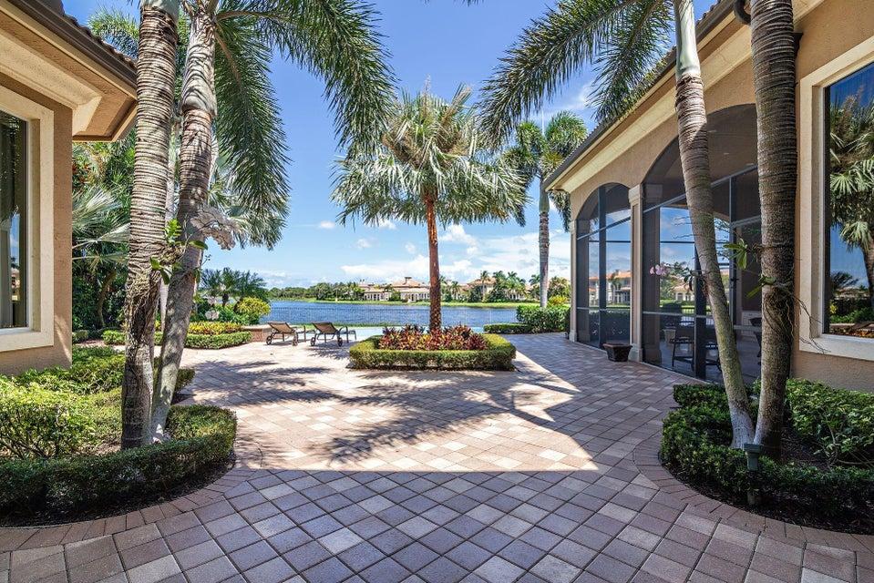 135  Playa Rienta Way , Palm Beach Gardens FL 33418 is listed for sale as MLS Listing RX-10445916 photo #40