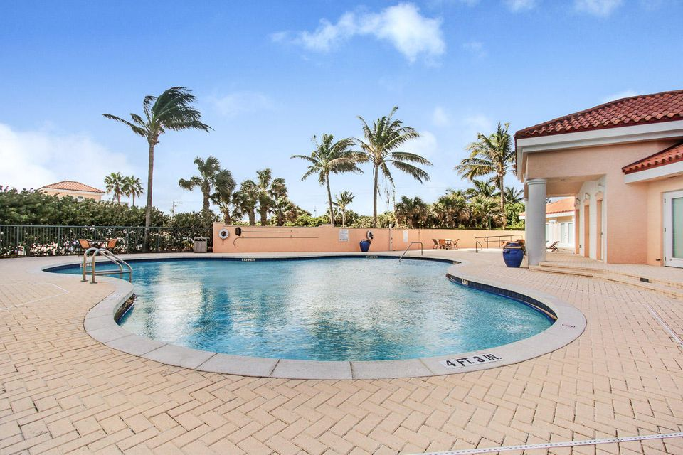 5150 N Ocean Drive 2100, Singer Island FL 33404 is listed for sale as MLS Listing RX-10445369 photo #50