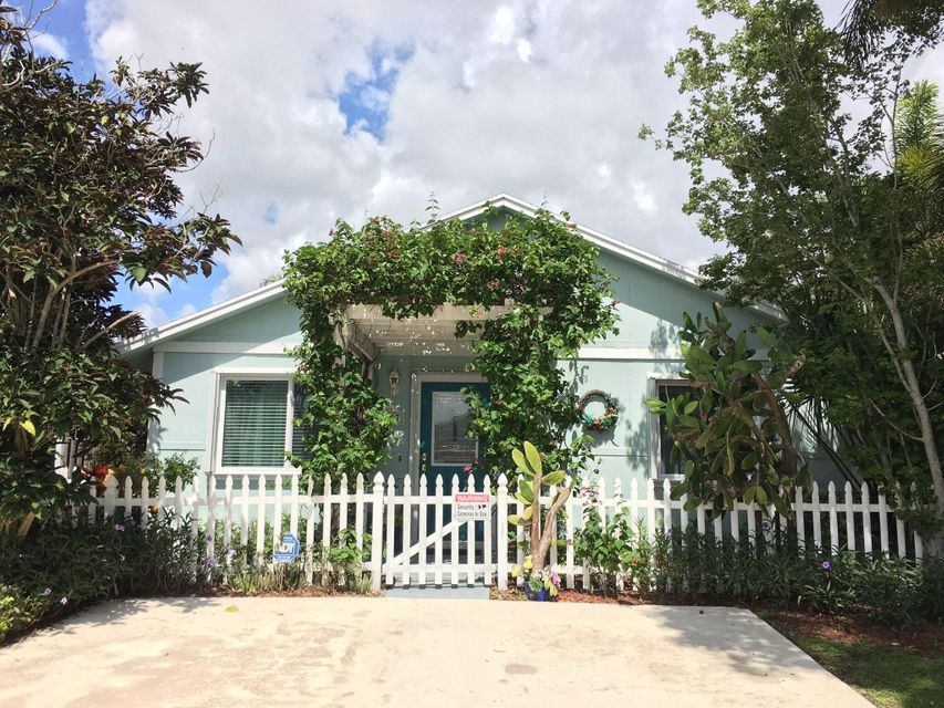 Home for sale in PARKWAY VILLAGE West Palm Beach Florida