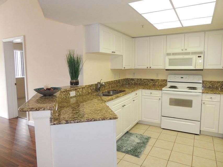 800 Crestwood Court 809 Royal Palm Beach, FL 33411 photo 6