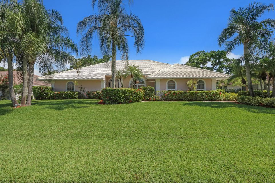 Home for sale in PGA RESORT COMMUNITY 6 Palm Beach Gardens Florida