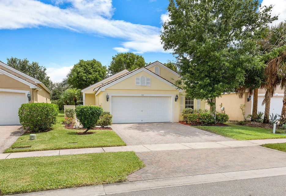 131 Newberry Lane Wellington, FL 33414