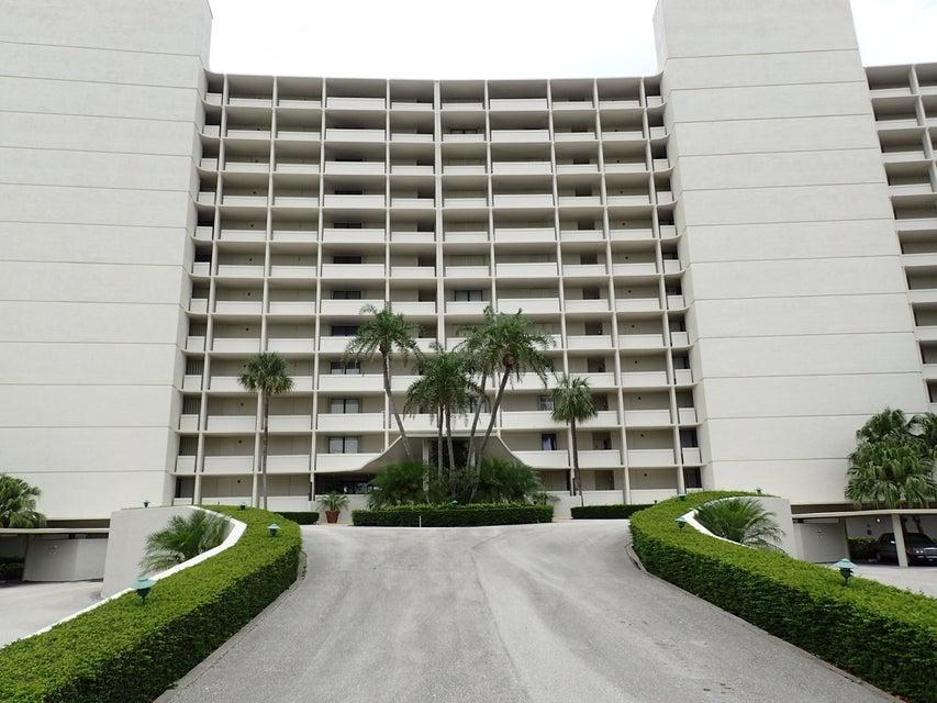 126 Lakeshore Drive 9250  North Palm Beach FL 33408