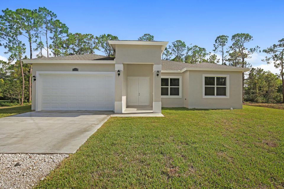 16569 77th Lane Loxahatchee, FL 33470