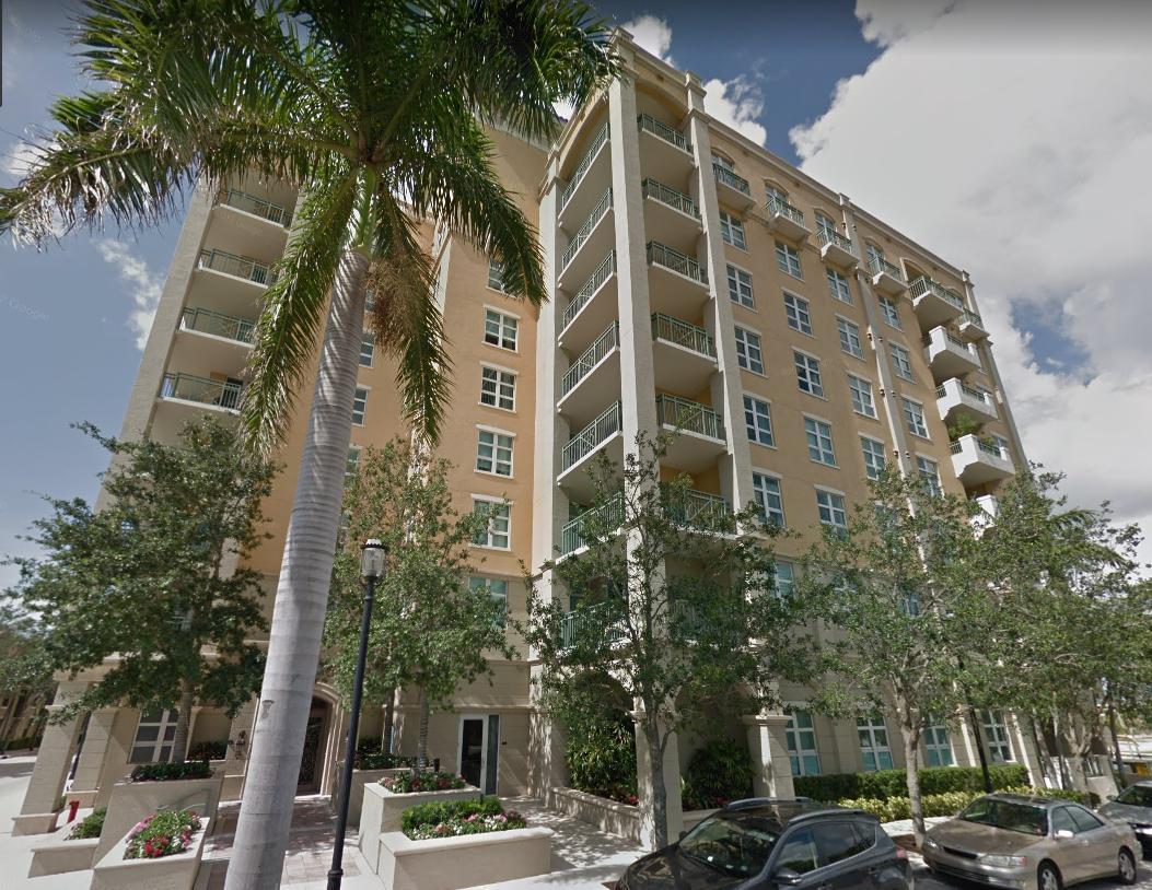 403 S Sapodilla Avenue 214  West Palm Beach, FL 33401