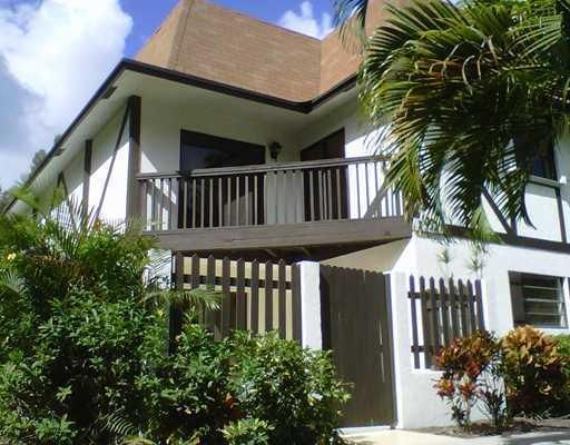 2321 Lena Lane 301 West Palm Beach, FL 33415 photo 2