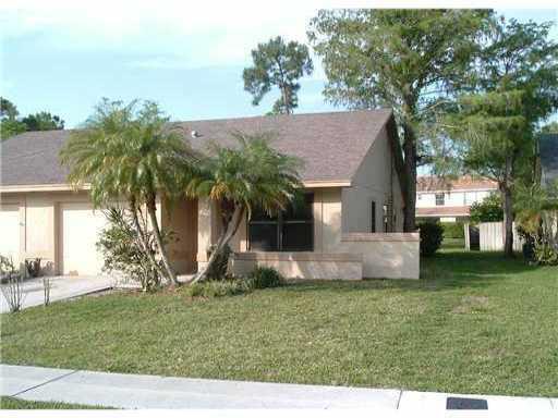 1147 Mulberry Place  Wellington, FL 33414