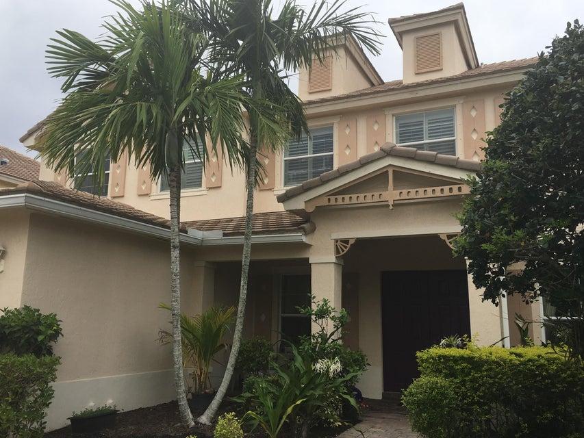 174 Palm Beach Plantation Boulevard Royal Palm Beach, FL 33411 photo 4