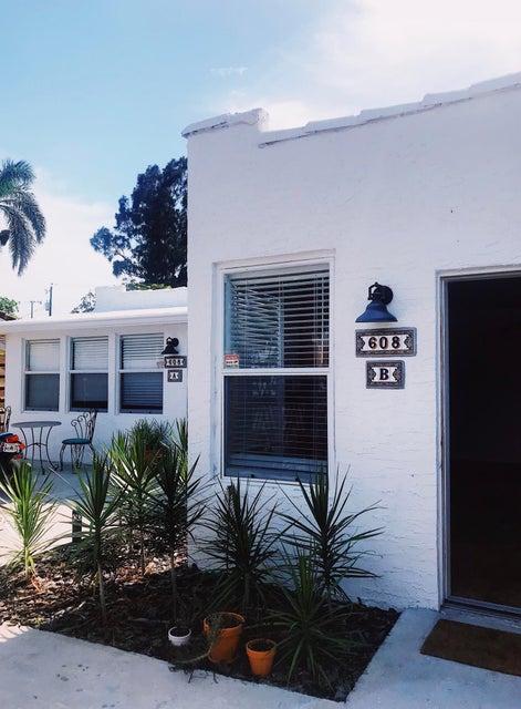 608 SE 3rd Avenue  Delray Beach, FL 33483