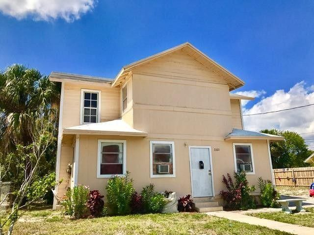 3321 Pinewood Avenue  West Palm Beach, FL 33407