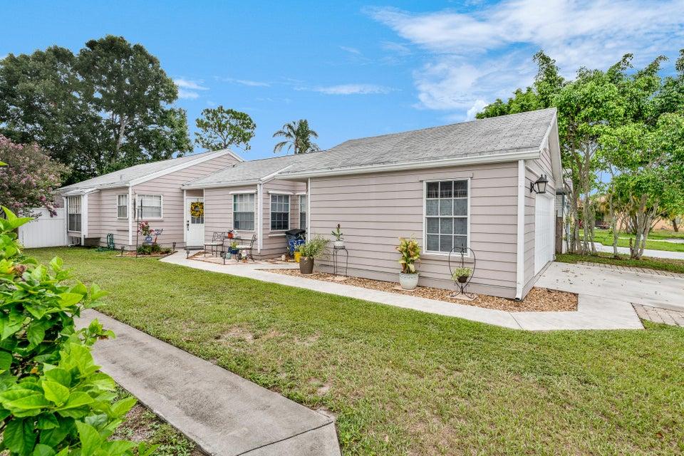 1420 Blue Clover Lane  West Palm Beach, FL 33415