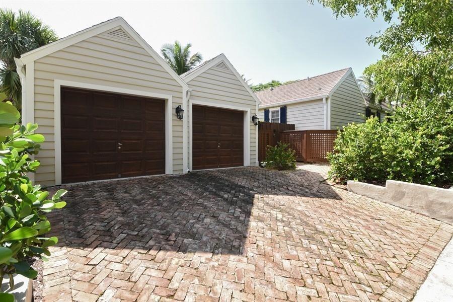 621 Kanuga Drive West Palm Beach, FL 33401 photo 24