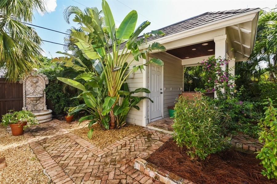 621 Kanuga Drive West Palm Beach, FL 33401 photo 18