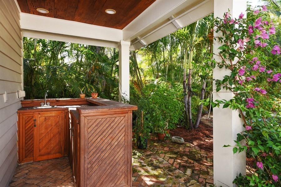 621 Kanuga Drive West Palm Beach, FL 33401 photo 19