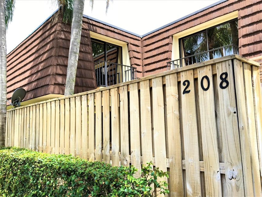 208 2nd Lane , Palm Beach Gardens FL 33418 is listed for sale as MLS Listing RX-10442804 27 photos