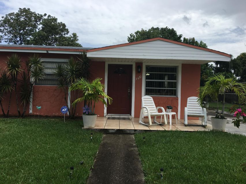 Home for sale in CAROL CITY LAKE STEVEN ESTATES Miami Gardens Florida