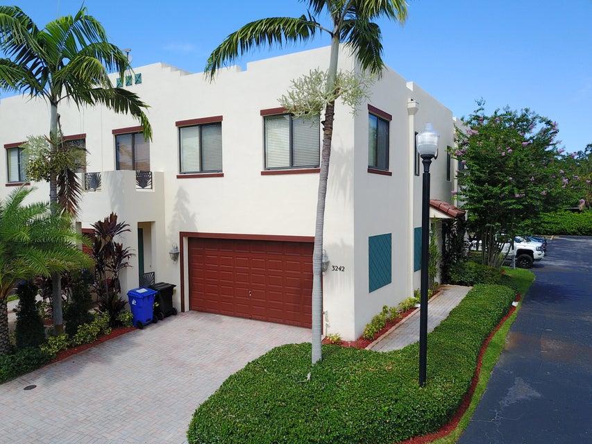 Home for sale in Edgewood Landings Fort Lauderdale Florida