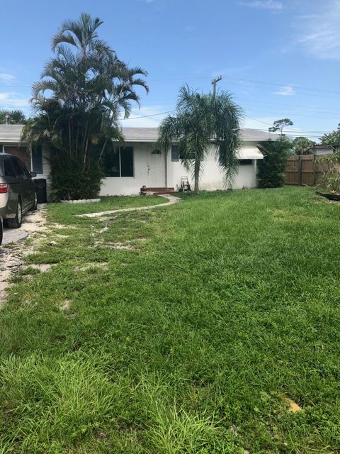 860 S Balfrey Drive West Palm Beach, FL 33413