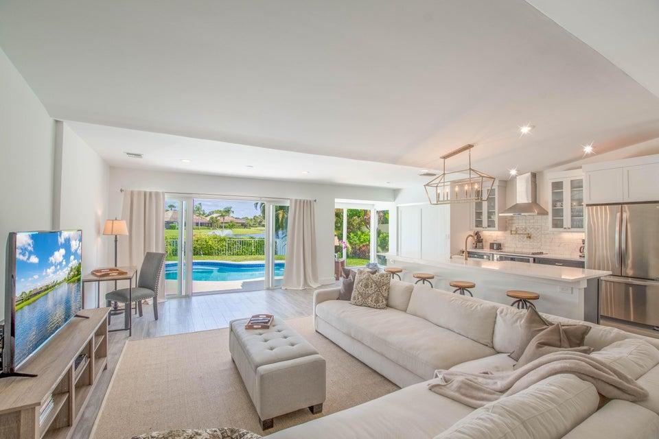 2303 Las Casitas Drive, Wellington, Florida 33414, 3 Bedrooms Bedrooms, ,2 BathroomsBathrooms,Villa,For Sale,Palm Beach Polo,Las Casitas,1,RX-10446564