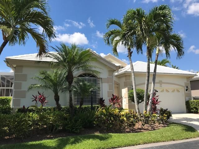 292 Canterbury Drive , Palm Beach Gardens FL 33418 is listed for sale as MLS Listing RX-10446902 28 photos