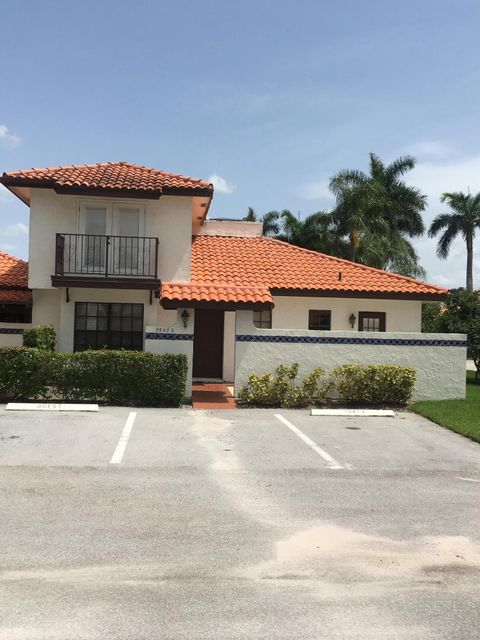 13473 Fountain View Boulevard  Wellington, FL 33414