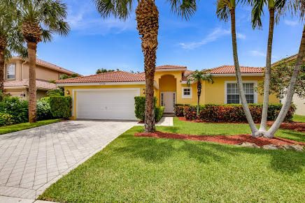 3758 Moon Bay Circle Wellington, FL 33414