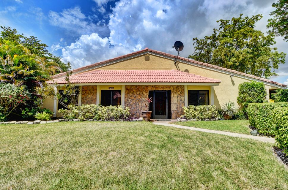 Home for sale in Thornhill Lake Boca Raton Florida