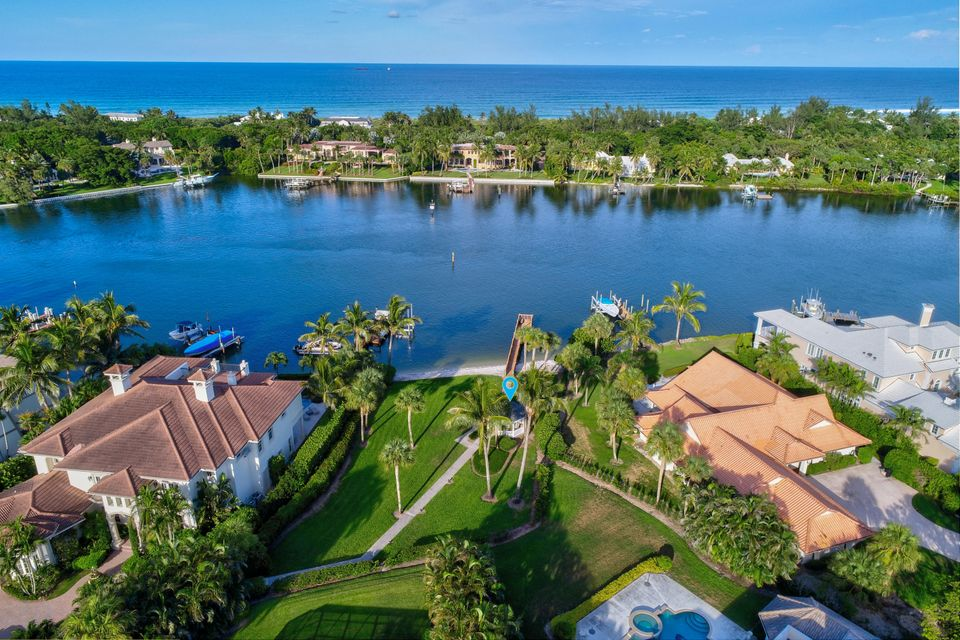 ROLLING HILLS TEQUESTA REAL ESTATE