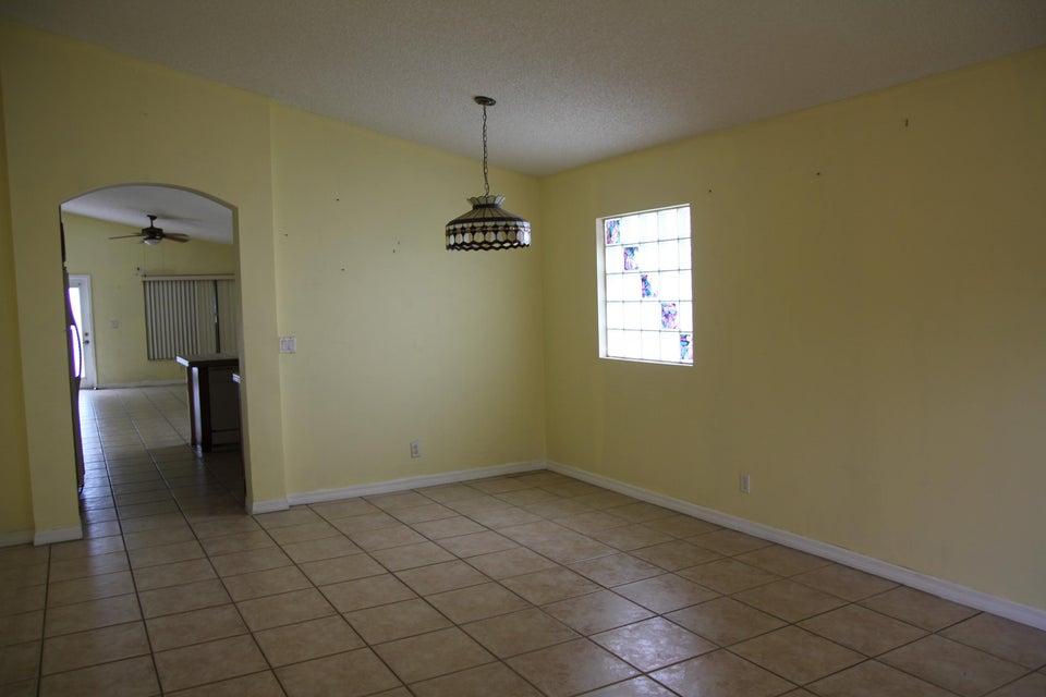 Photo of  Lake Worth, FL 33463 MLS RX-10445260