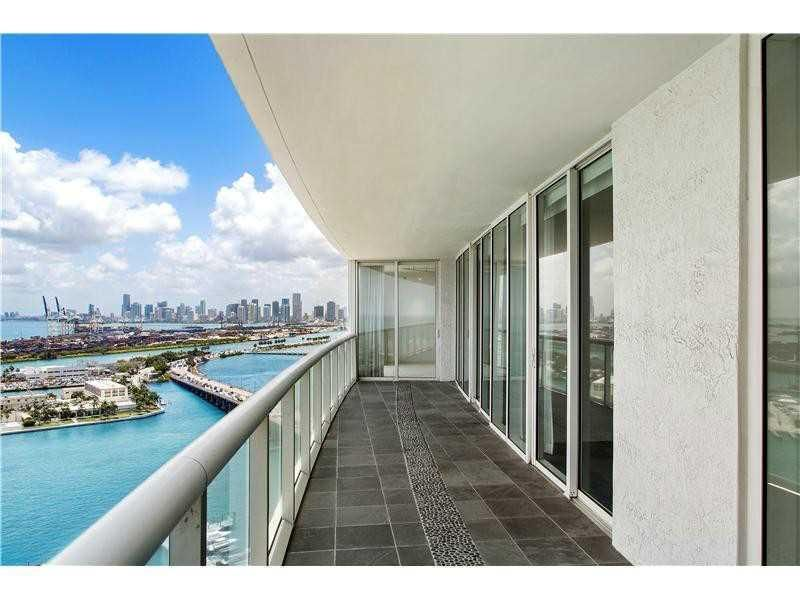 450 Alton Road, 2503 - Miami Beach, Florida