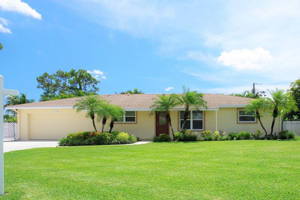 Home for sale in Palm Beach National Golf And Country Club Estates Lake Worth Florida