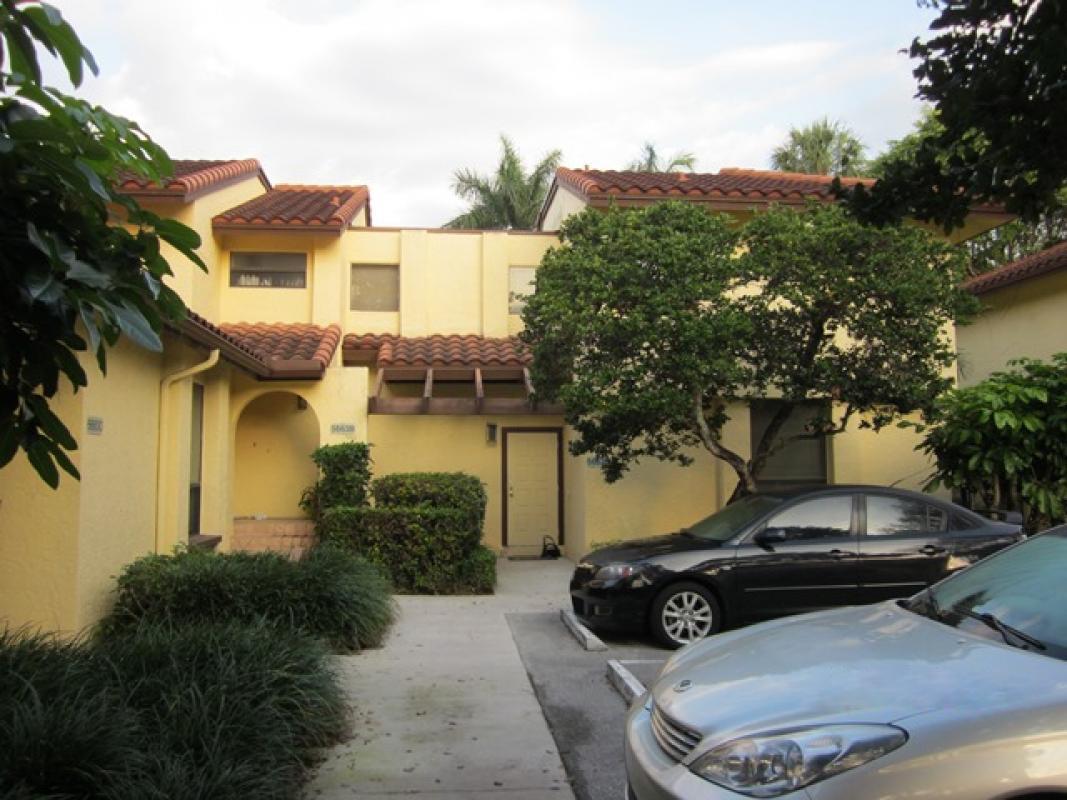 5663 Fox Hollow Drive D  Boca Raton FL 33486